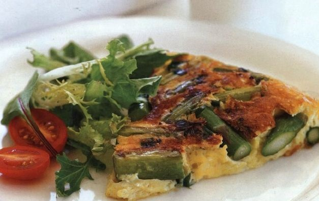 Frittata with asparagus and green onions