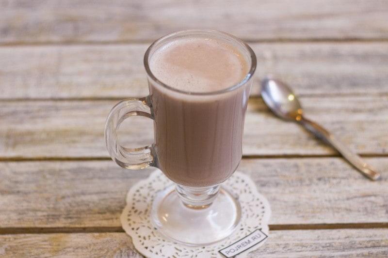 Cocoa energy drink