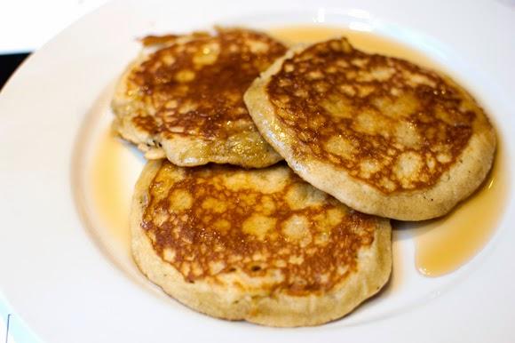 Keto pancakes on kefir with psyllium