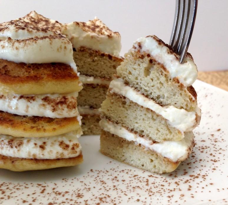 Keto pancakes with mascarpone