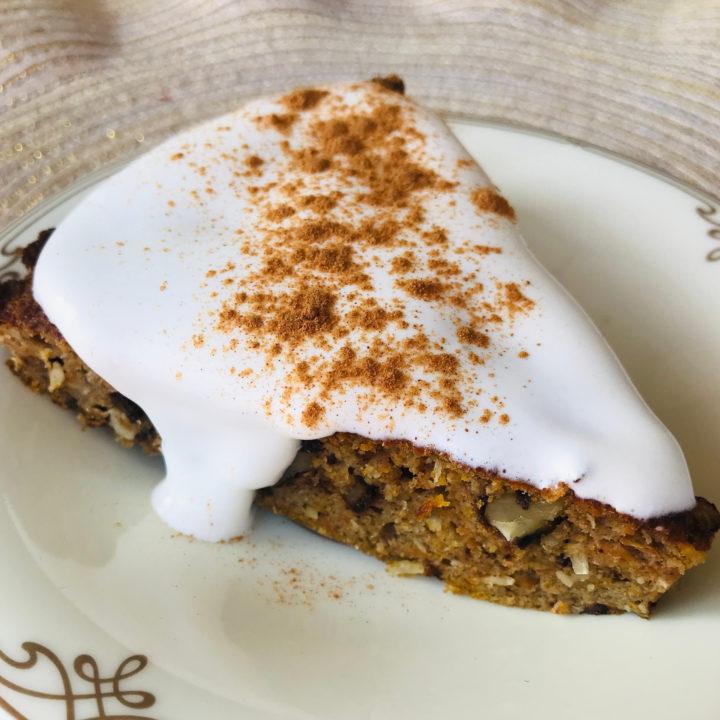 Simple keto dessert: carrot cake