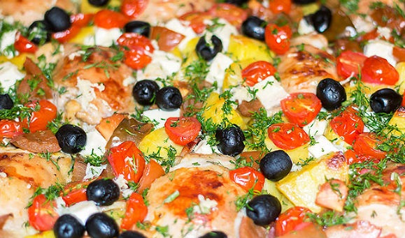 Chicken with potatoes in Greek