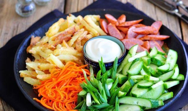 Potato salad with hunting sausages