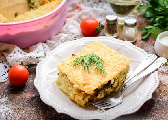 Potato casserole with minced chicken and spinach