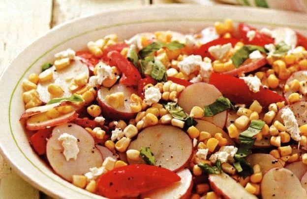 Potato salad with tomatoes and corn