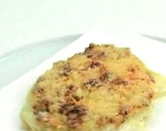 Potatoes baked with cream and cheese