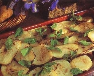 Oven baked potatoes with lamb