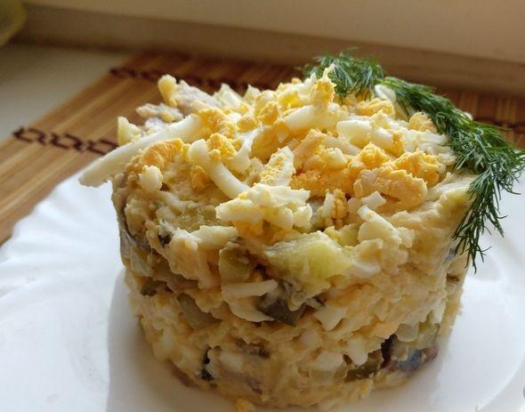Herring, potato and cucumber salad