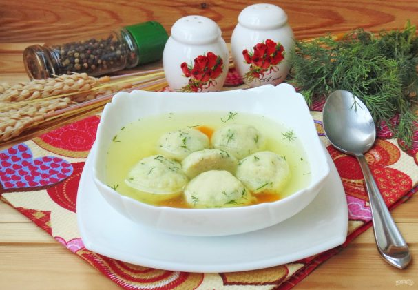 Chicken broth with lavash dumplings