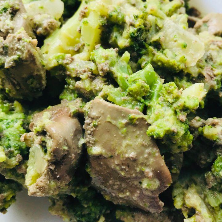 Keto Dinner in 20 Minutes: Liver and Broccoli in Cream