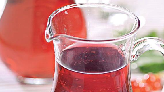 Red currant fruit drink with lemon balm