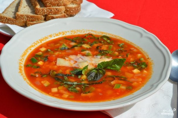 Minestrone with bacon
