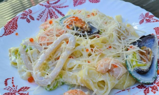 Cool Pasta with seafood