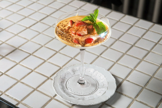 Sabayon with strawberries