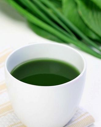 Invigorating spinach drink
