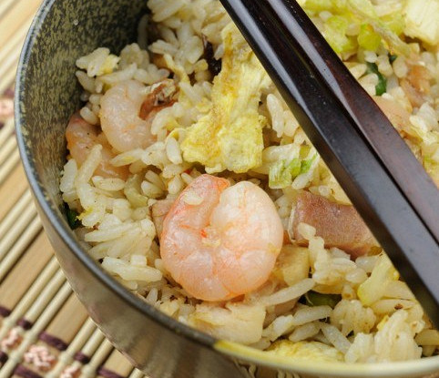 Chinese rice with seafood