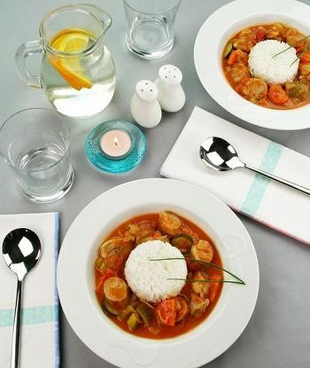 Zucchini ratatouille with rice