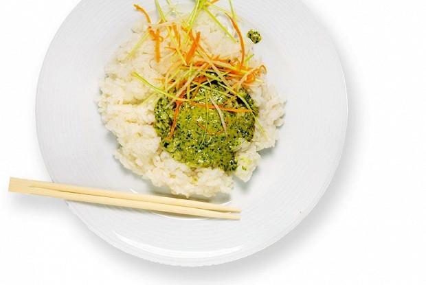 Sweet rice with cilantro pesto