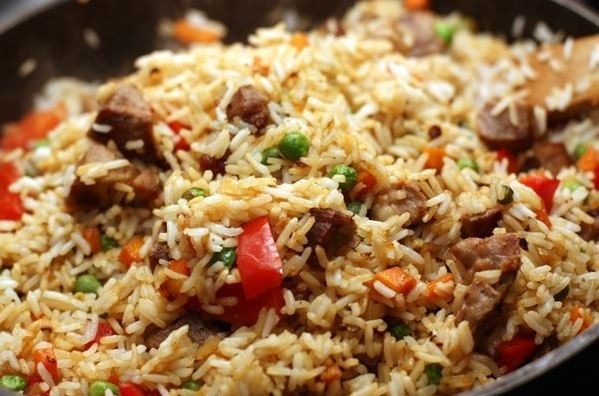 Rice with pork and vegetables