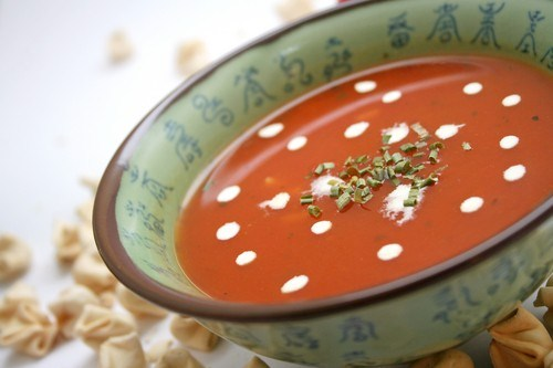 Tomato soup with rice and herbs