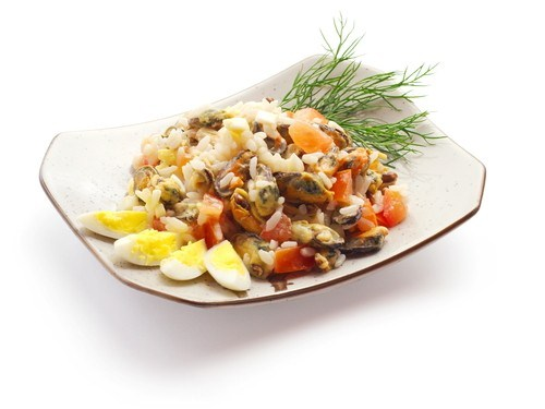 Rice and mussel salad