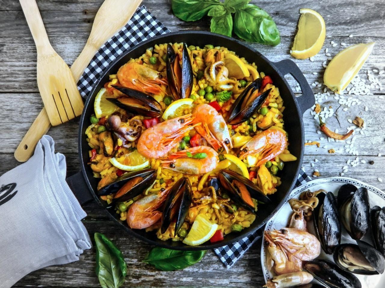 SPANISH PAELLA WITH SEAFOOD CLASSIC