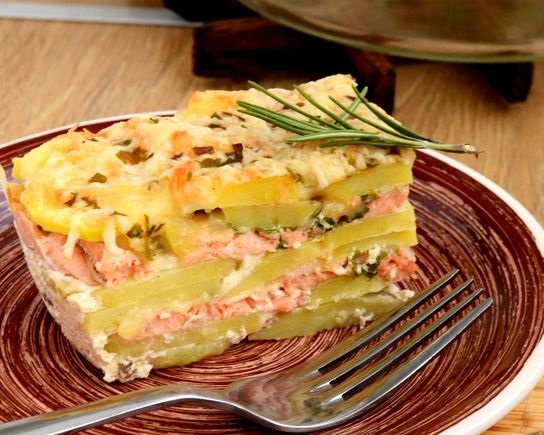 Potato casserole with salmon