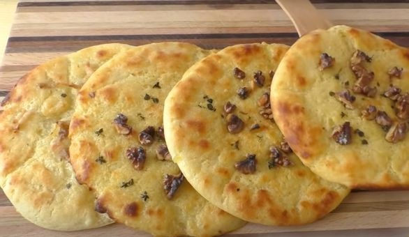 Potato tortillas with walnuts and bacon