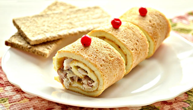 Egg roll with chicken