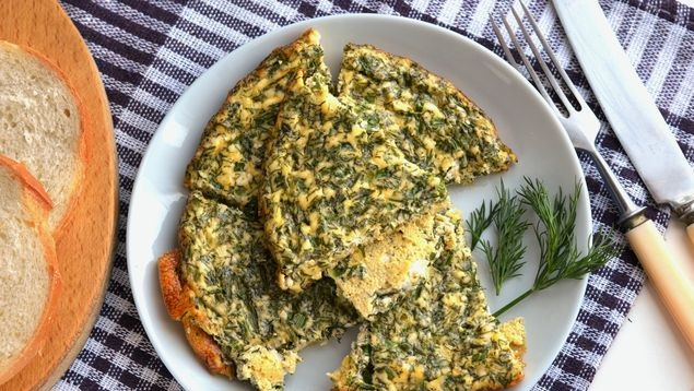 Omelet with cottage cheese and herbs (in the oven)