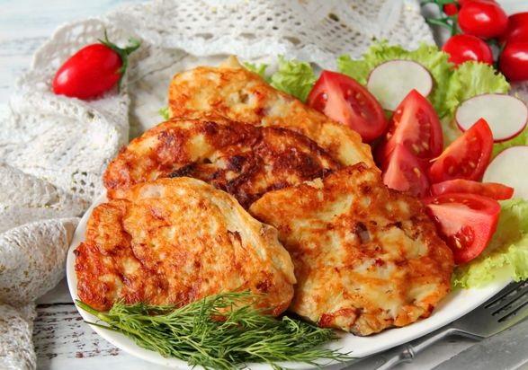 Potato and meat pancakes with kefir