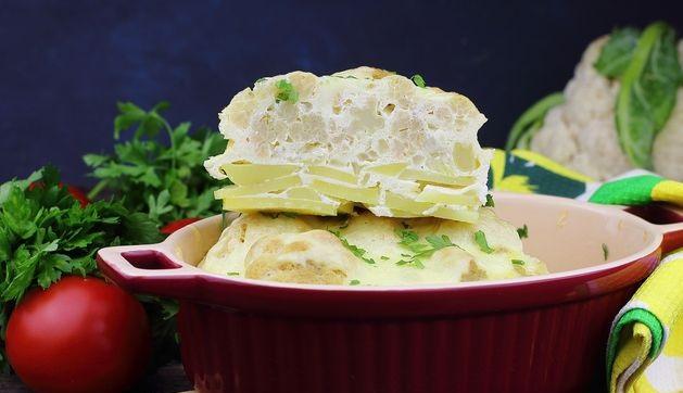 Cauliflower baked with potatoes (sleeve)ed with potatoes (sleeve)