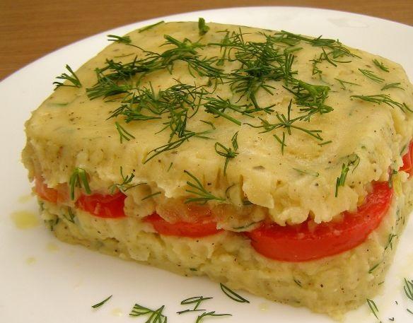 Mashed potato and tomato casserole