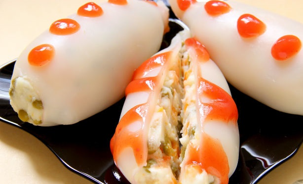 Squid stuffed with mashed potatoes