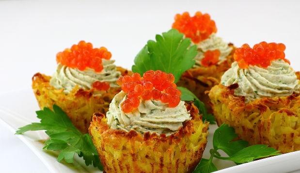 Potato baskets with herring