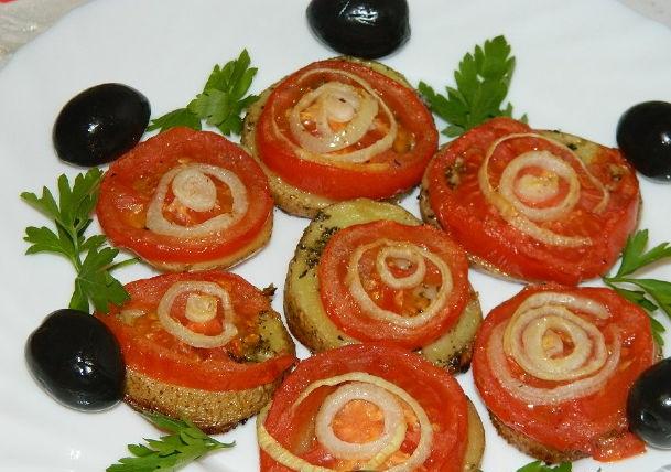 Potato casserole with tomatoes