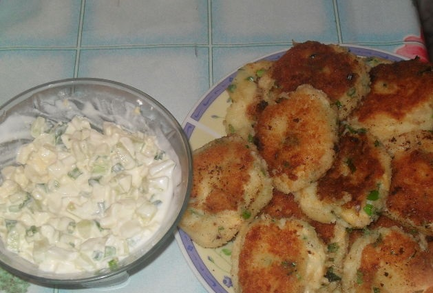 Potato cutlets with salad