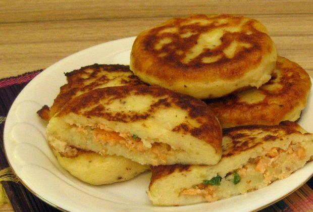 Potato zrazy with salmon