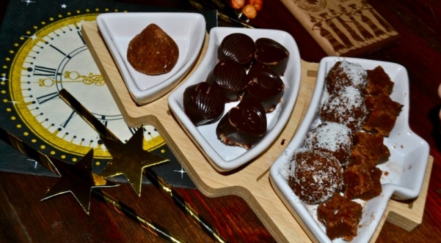 Chocolate almond keto candies
